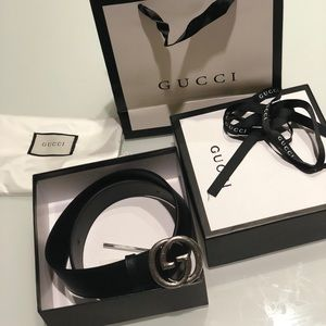 AUTH Gucci black belt